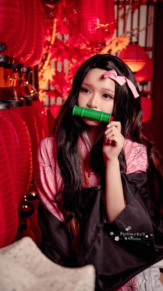 Kimetsu no Yaiba: Em gái quốc dân Nezuko hóa nữ sinh trung học đẹp dịu dàng mà không chói lóa - Ảnh 10.