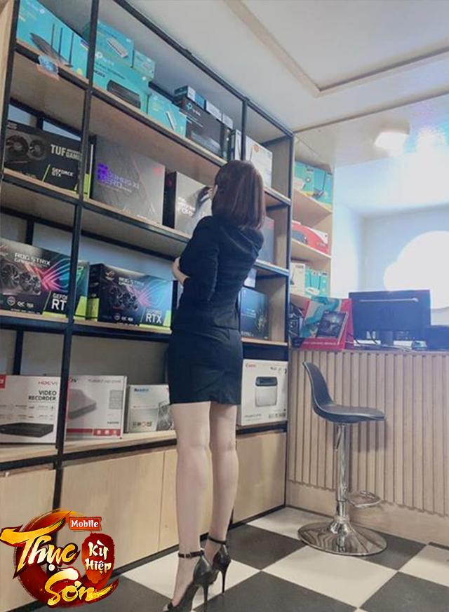 Đăng quang cuộc thi sắc đẹp, nữ game thủ bị cả server dí PK cho không kịp hồi sinh, xích lại rồi... kéo lê khắp map - Ảnh 11.