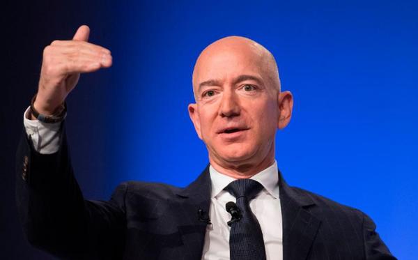 Thái tử Ả Rập Saudi hack điện thoại tỷ phú Jeff Bezos, phanh phui chuyện ngoại tình khiến thế giới chấn động? - Ảnh 1.