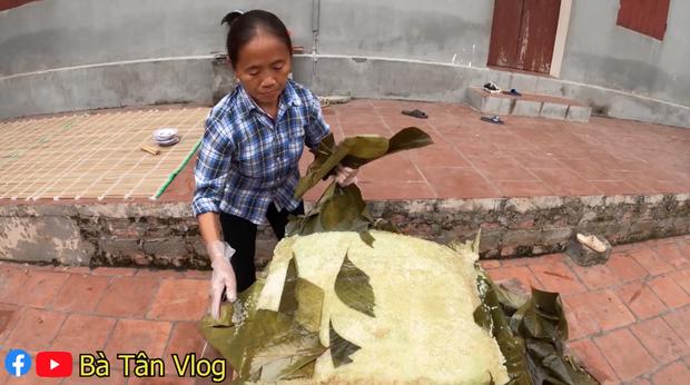Bà Tân Vlog làm nồi bánh chưng xanh siêu to khổng lồ, dân tình bảo ra Giêng chắc cũng ăn không hết - Ảnh 10.