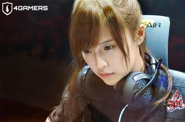 Vẻ gợi cảm của nữ streamer có body đẹp nhất Đài Loan, từng chụp ảnh khỏa thân vì nhà quá nghèo - Ảnh 3.