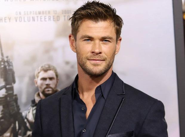 Siêu anh hùng đời thực: 'Thor' Chris Hemsworth quyên góp 23 tỷ đồng ủng hộ lính cứu hoả và người dân trong thảm hoạ cháy rừng Úc - Ảnh 1.