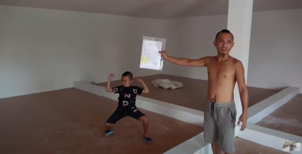 Anh em Tam Mao khoe cặp biệt phủ, tiền kiếm được từ YouTube trong 2 năm lên tới gần 5 tỷ đồng - Ảnh 6.