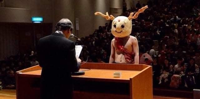 Sinh viên Nhật Bản đi nhận bằng tốt nghiệp: Không cosplay hài hước , đừng mong ra trường! - Ảnh 11.