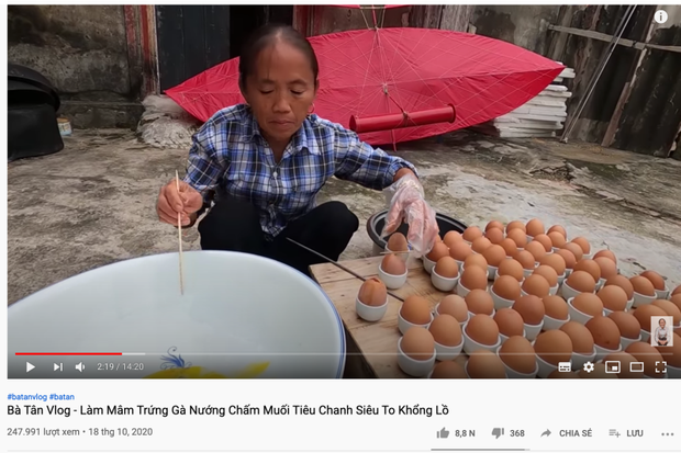 """Hậu lùm xùm của con trai, bà Tân Vlog tụt giảm view liên tục, chỉ còn 1/10 so với thời """"đỉnh cao"""""""