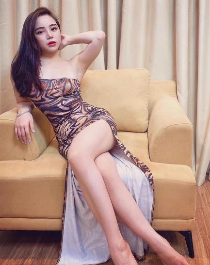 Cận cảnh cuộc sống sang chảnh của hot girl ngủ gật từng tuyên bố đi hát thành công hơn Chi Pu - Ảnh 3.