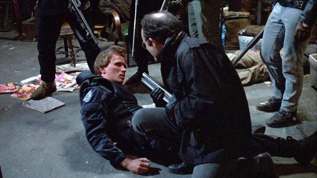 10 cảnh phim đen tối đã bị cắt bỏ tại các phim Hollywood, có những chi tiết sẽ khiến bạn phát hoảng vì quá kinh dị - Ảnh 9.