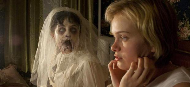 8 phim kinh dị là nỗi ám ảnh của các đoàn phim Hollywood: Rợn gáy nhất là chuỗi thảm kịch kinh hoàng đeo bám Đứa Con Của Satan - Ảnh 9.
