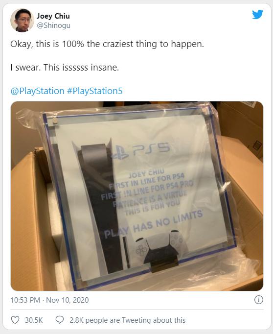 Game thủ số hưởng, đang ngồi không bỗng nhiên được Sony tặng luôn PS5 - Ảnh 1.