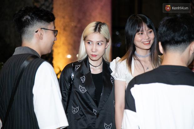 Ngày cưới Xemesis - Xoài Non, 3 cặp cặp đôi trai tài, gái sắc thế hệ mới của làng stream Việt tay trong tay, tình tứ khỏi nói - Ảnh 6.