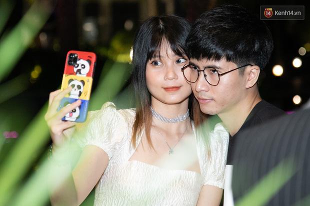Ngày cưới Xemesis - Xoài Non, 3 cặp cặp đôi trai tài, gái sắc thế hệ mới của làng stream Việt tay trong tay, tình tứ khỏi nói - Ảnh 7.
