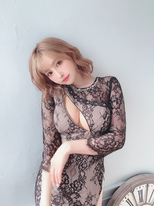 Làm clip thử bikini trên sóng rồi hỏi ý kiến của fan, Yua Mikami khiến người xem trầm trồ, thán phục trước nhan sắc nữ thần - Ảnh 10.