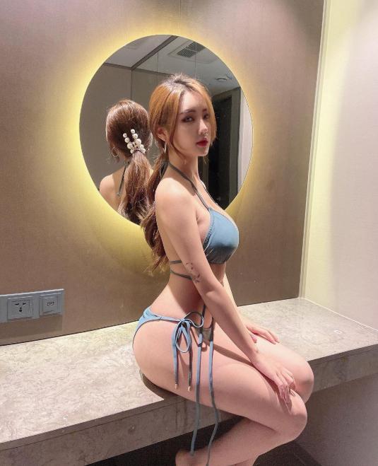 Bị chê quá kín đáo, nữ gymer chiêu đãi fan với bộ bikini mỏng manh khoe vẻ đẹp đẫy đà - Ảnh 3.