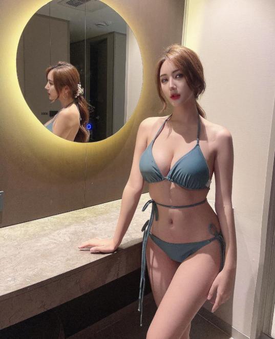 Bị chê quá kín đáo, nữ gymer chiêu đãi fan với bộ bikini mỏng manh khoe vẻ đẹp đẫy đà - Ảnh 5.