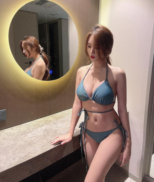 Bị chê quá kín đáo, nữ gymer chiêu đãi fan với bộ bikini mỏng manh khoe vẻ đẹp đẫy đà - Ảnh 6.