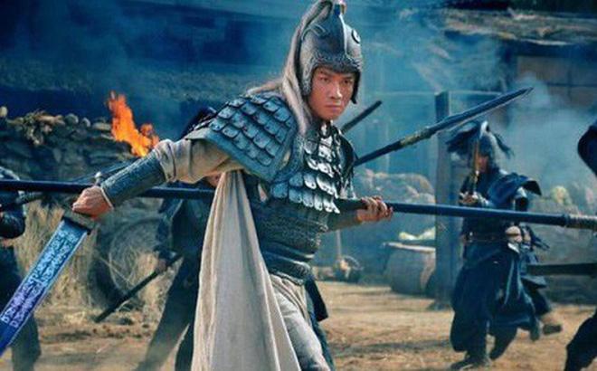 Không phải Xích Bích hay Tam Anh, cuộc chiến 2 người 1 giường này mới là pha combat kinh điển nhất thời Tam Quốc - Ảnh 1.
