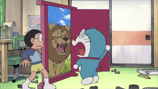 Cỗ máy thời gian và 5 món bảo bối thần kỳ của Doraemon đã từng xuất hiện trong các phim nổi tiếng - Ảnh 2.