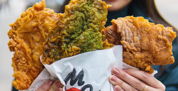 Thanh niên Đài Loan hôn mê 2 tháng bỗng tỉnh lại khi được rủ đi ăn gà rán - Ảnh 2.