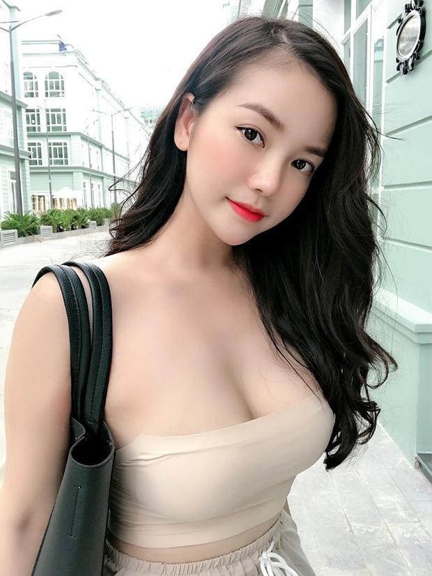 Sở hữu vòng một lên tới 108cm, nàng hot girl Việt quyến rũ khiến cộng đồng mạng xao xuyến, lên cả báo nước ngoài - Ảnh 3.