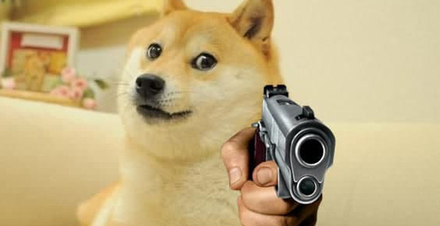 Nuôi nấng chiều chuộng như con, người đàn ông bất ngờ bị chó cưng ám toán, bắn thủng chân - Ảnh 2.
