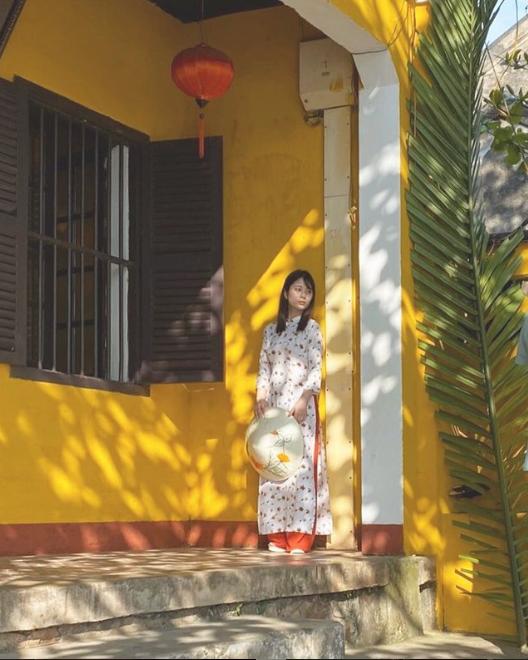 Mẫu nữ chỉ cao 1m52 khoe núi đôi chập chùng, không ngần ngại thổ lộ sự yêu mến Việt Nam - Ảnh 9.
