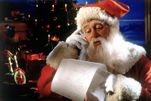 Viết thư xin quà Giáng sinh PS5, iPhone 12 và loạt đồ chơi xịn xò có giá cả tỷ đồng, game thủ nhí khiến ông già Noel ngất xỉu - Ảnh 3.