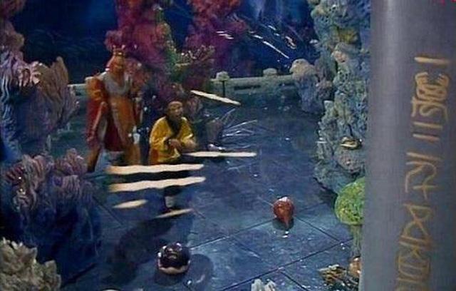 Tây Du Ký 1986 đã lừa khán giả suốt 34 năm, hóa ra những cảnh quay long cung đều là giả trân - Ảnh 4.