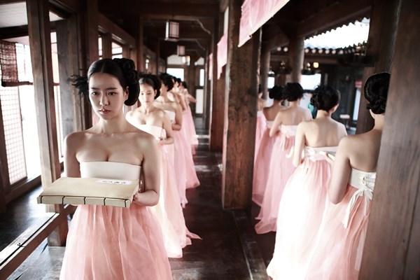 Siêu phẩm game Hàn gây chấn động khi hợp tác cùng nữ hoàng cảnh nóng, đến MV trailer thôi cũng ướt át đậm chất 18+ - Ảnh 3.