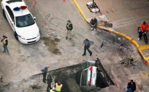 Những tai nạn ngớ ngẩn của hội mới học lái xe đã đi chơi Giáng Sinh - Ảnh 13.