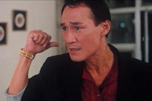 Tài tử võ thuật xuất thân là đại ca xã hội đen khét tiếng Hong Kong, đào hoa nhưng cả đời sợ vợ - Ảnh 2.
