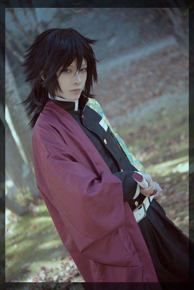 Vừa ngắm vừa sướng khi thấy trai đẹp Kimetsu no Yaiba đẹp long lanh khi bước ra đời thật - Ảnh 5.