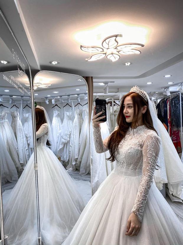 Nóng: Streamer quốc dân Kiều Anh Hera bất ngờ khoe ảnh mặc váy cưới, nàng sắp lên xe hoa? - Ảnh 4.