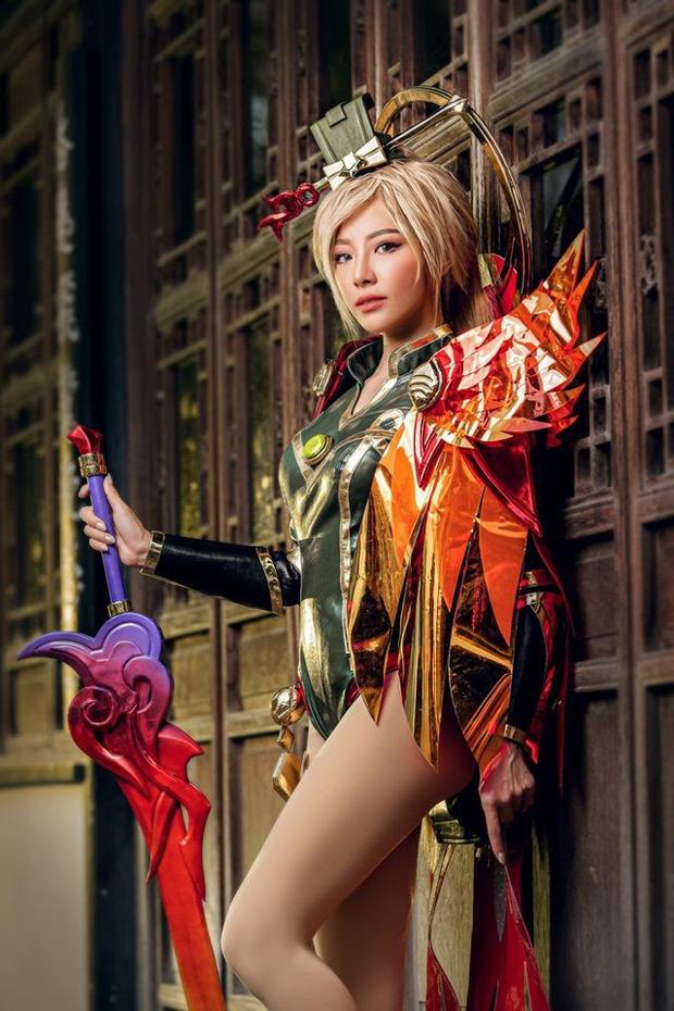 Bỏng mắt với bộ hình cosplay của nữ game thủ Liên Quân Mobile xứ Thái, Butterfly xinh thế này thì ai nỡ combat! - Ảnh 7.