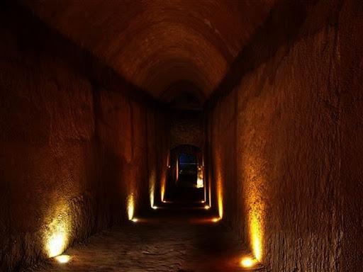 Bí ẩn cạm bẫy siêu trí tuệ của ngôi mộ cổ nguy hiểm nhất thế giới đã chôn vùi 80 kẻ trộm - Ảnh 7.