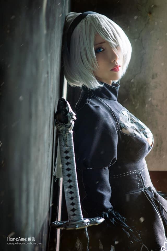 Mướt mắt khi ngắm bộ ảnh cosplay hở bạo về cô nàng 2B trong Nier: Automata - Ảnh 10.