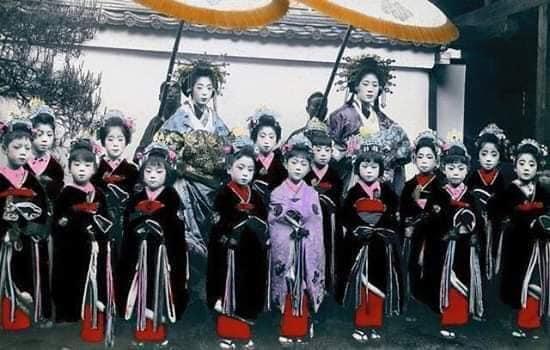Nhan sắc chim sa cá lặn của các phi tần và người đẹp Nhật Bản cuối thế kỷ 19 - Ảnh 10.