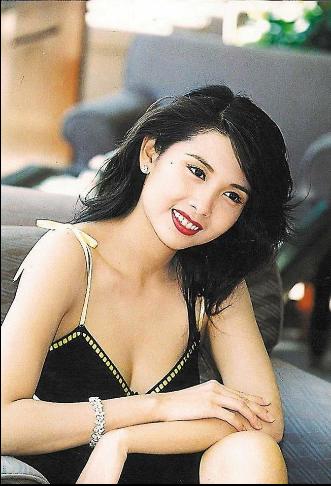 Loạt người tình màn ảnh của Châu Tinh Trì: Người về già sống lủi thủi, kẻ bị đồn có con riêng với vua hài - Ảnh 4.