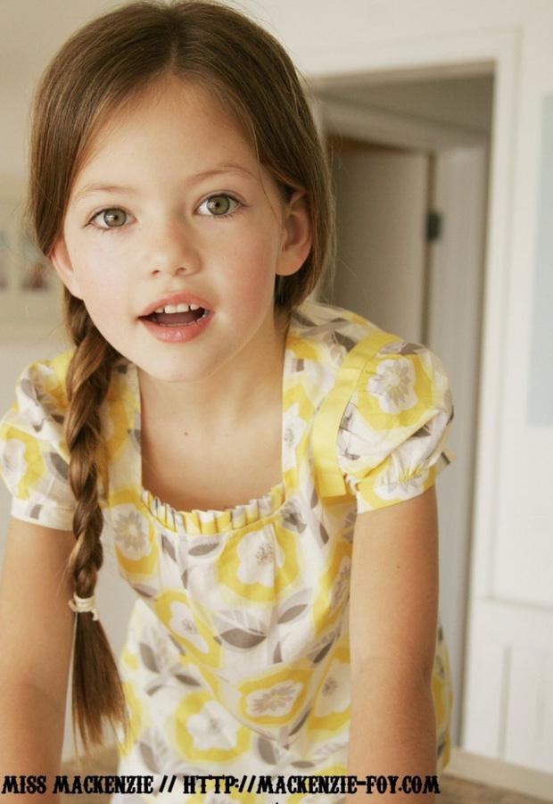Dàn thiên thần Hollywood có khuôn mặt đẹp vô thực: Con gái Bella - Edward và cô bé xinh nhất thế giới dậy thì ra sao? - Ảnh 12.