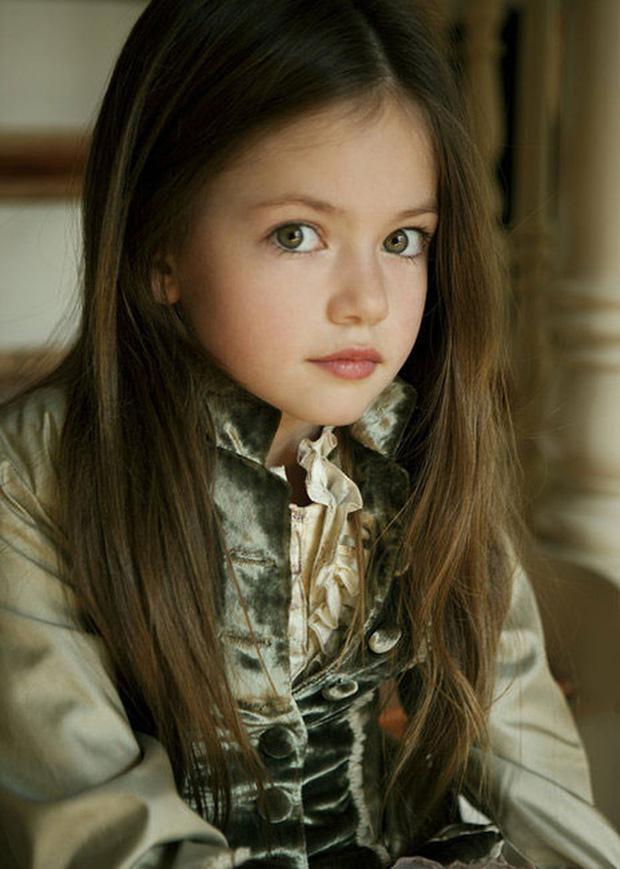 Dàn thiên thần Hollywood có khuôn mặt đẹp vô thực: Con gái Bella - Edward và cô bé xinh nhất thế giới dậy thì ra sao? - Ảnh 13.