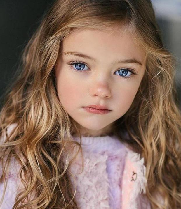 Dàn thiên thần Hollywood có khuôn mặt đẹp vô thực: Con gái Bella - Edward và cô bé xinh nhất thế giới dậy thì ra sao? - Ảnh 15.