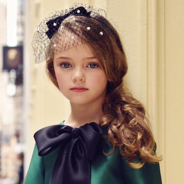 Dàn thiên thần Hollywood có khuôn mặt đẹp vô thực: Con gái Bella - Edward và cô bé xinh nhất thế giới dậy thì ra sao? - Ảnh 18.