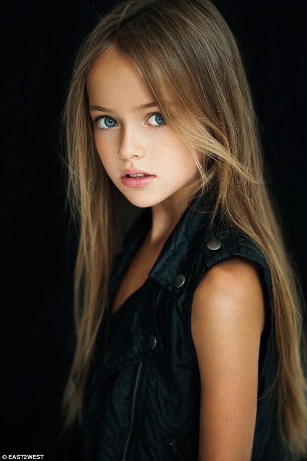 Dàn thiên thần Hollywood có khuôn mặt đẹp vô thực: Con gái Bella - Edward và cô bé xinh nhất thế giới dậy thì ra sao? - Ảnh 21.