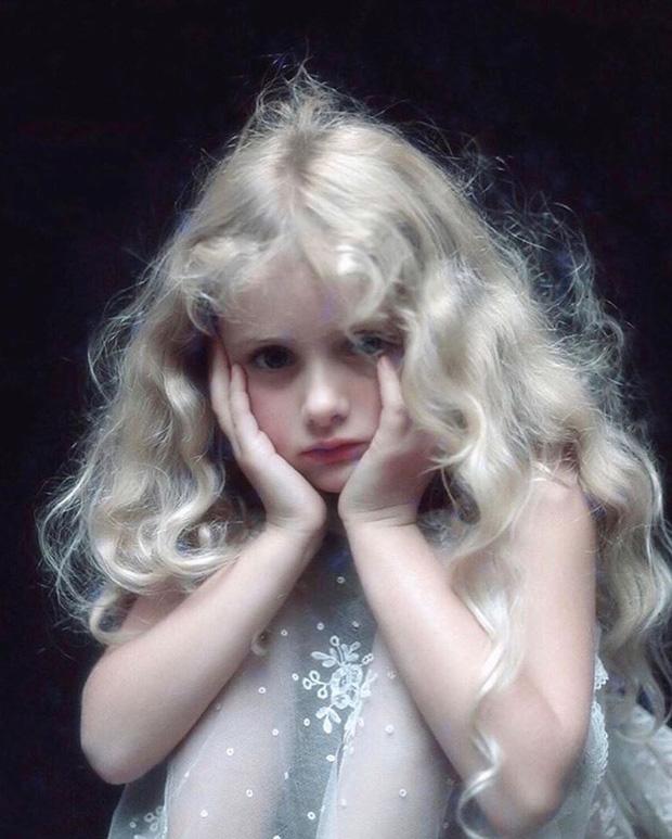 Dàn thiên thần Hollywood có khuôn mặt đẹp vô thực: Con gái Bella - Edward và cô bé xinh nhất thế giới dậy thì ra sao? - Ảnh 24.