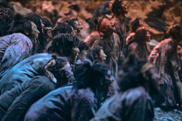 Muốn khỏe mạnh chớ tụ tập đông người, ở nhà cày sương sương 7 phim kinh dị hay nhức nách sau đây là đủ - Ảnh 2.