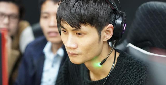 AoE: Hủy diệt đối thủ chỉ sau 2 giờ thi đấu, Tiểu Màn Thầu thách thức muốn mặt đối mặt với Hồng Anh! - Ảnh 2.