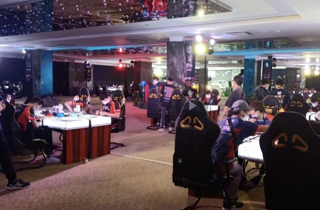 Giải đấu PUBG Mobile bị tạm dừng khẩn cấp vì tổ chức ngay giữa lệnh cấm - Ảnh 3.