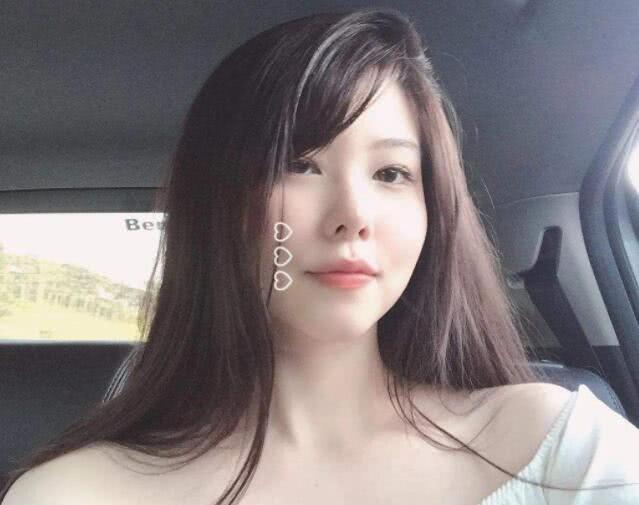 """Nữ game thủ xinh đẹp Mayumi bất ngờ bị fan """"ném đá tơi tả"""" vì cho rằng nhan sắc mới kém xinh - Ảnh 2."""