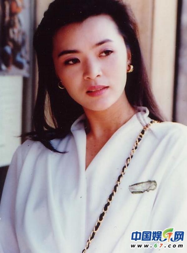 Tiểu Long Nữ khiến Lưu Đức Hoa mê mẩn, Châu Nhuận Phát tự tử sống cô độc ở tuổi xế chiều - Ảnh 1.