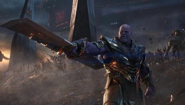 """Endgame lãi gần tỷ đô cũng không sốc bằng """"cảnh nóng"""" bị cắt giữa Hulk và Black Widow - Ảnh 2."""