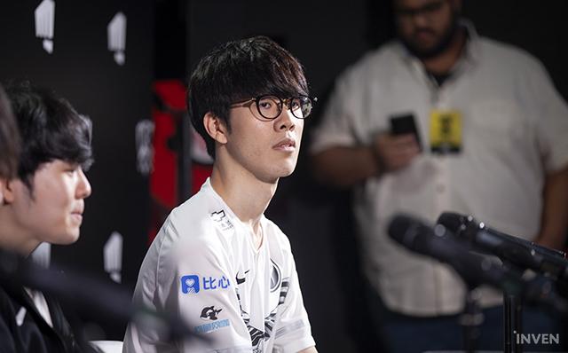 Levi, Dia1 leo rank Hàn chung team với TheShy xịn, hí hửng tưởng được gánh ai ngờ gặp đúng... TheShy Sa Đéc - Ảnh 5.